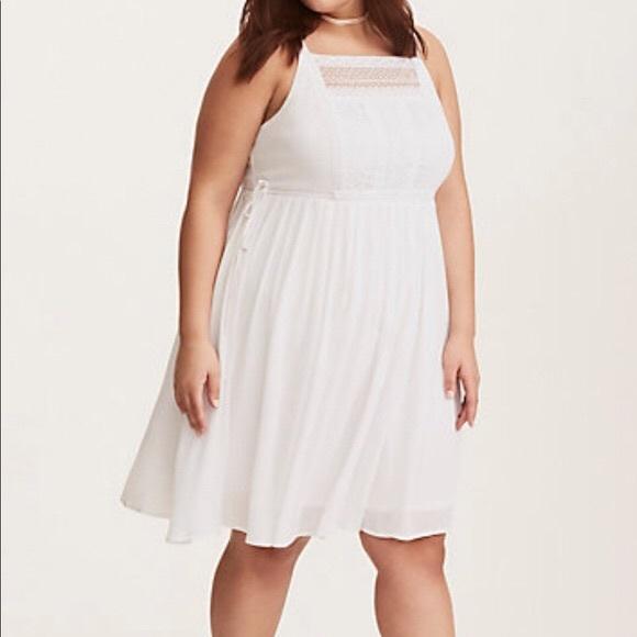 255f5d881bf NWT Torrid 2 White Gauze Crochet Skater Dress